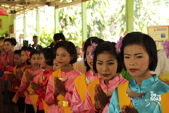 Young Thai School Girls at Ban Dong Krathong Yam Village, Thailand