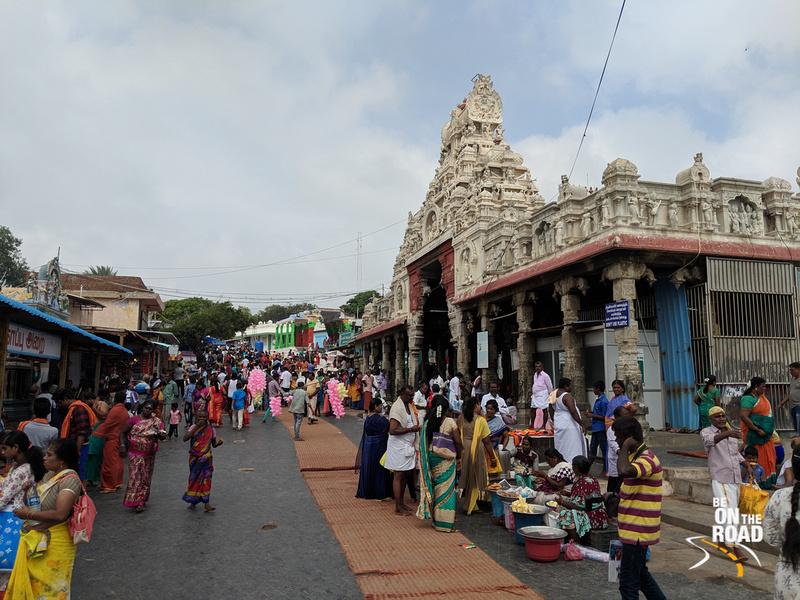 Colorful scenes at Tiruchendur Murugan Temple
