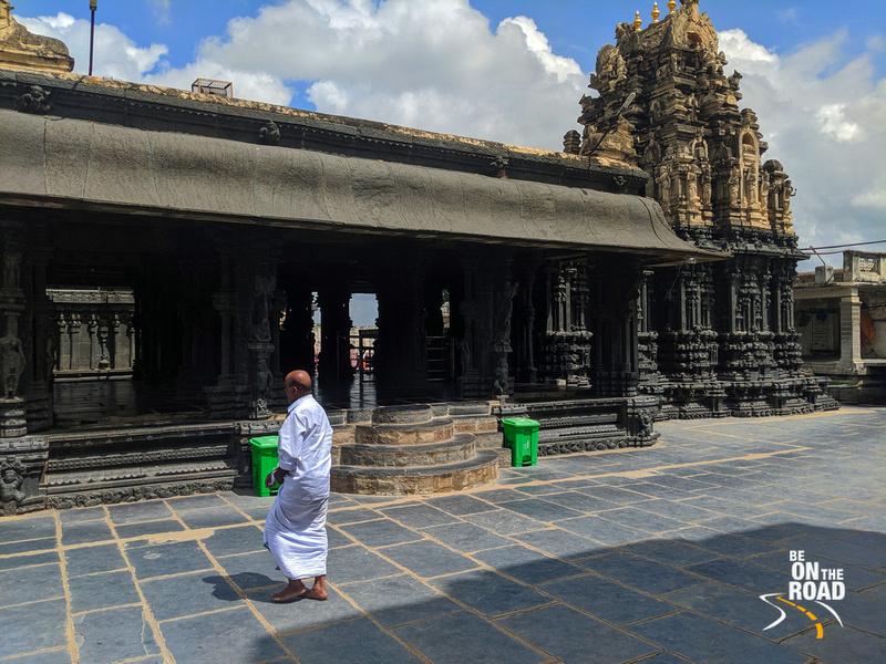 Doing the pradakshanam at Chintala Venkataramana Temple, Tadipatri