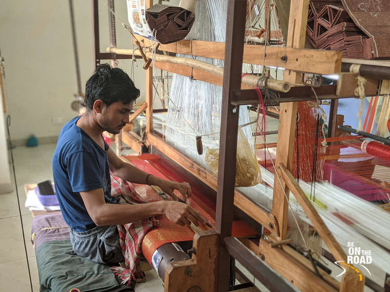 A Chanderi weaver and the saree that he is weaving