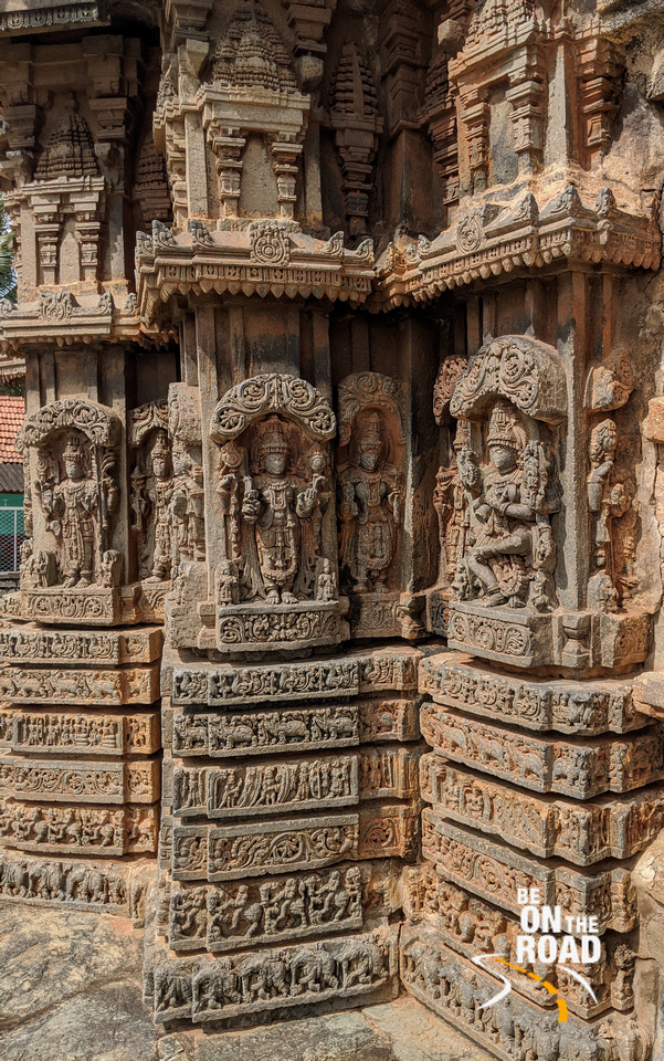 The tilting sculptures of Arlaguppe Chenna Keshava temple