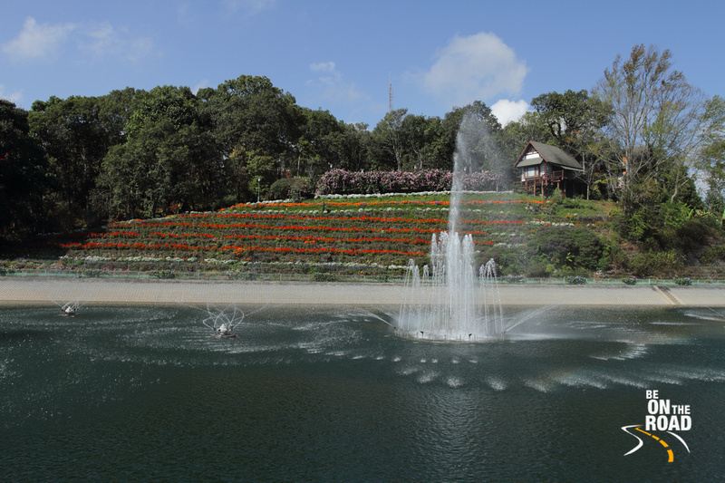 Bhubing palace garden and water fountains at a glance