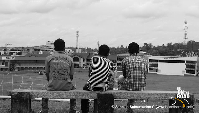 Best way to watch a cricket match at Galle
