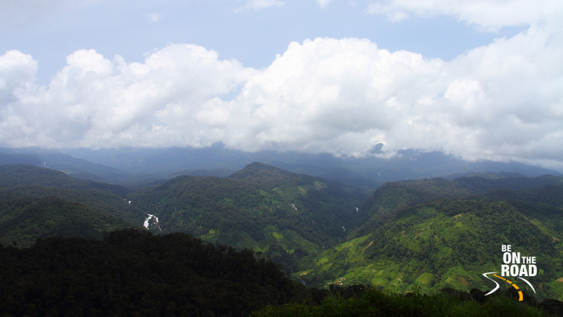 Splendid view of the Western Ghats at Nallamudi Pooncholai, Valparai - 2