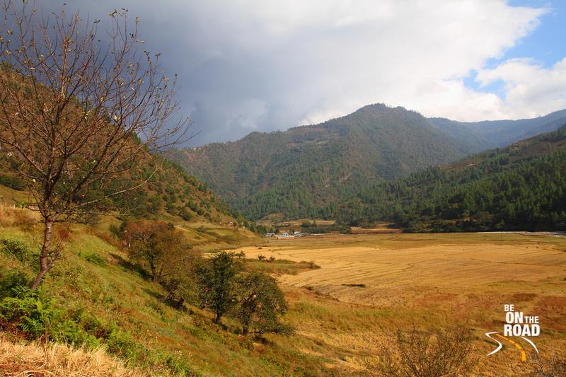 Scenic setting at Sangti Valley