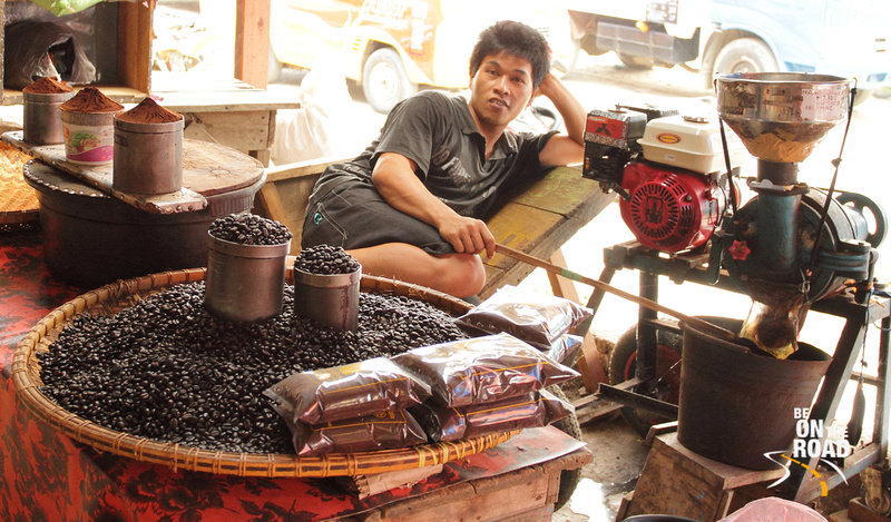 A Tana Torajan Coffee Seller