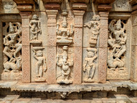 Gods, Apsaras and other figurines on the walls of Bhoga Nandeeswara Temple
