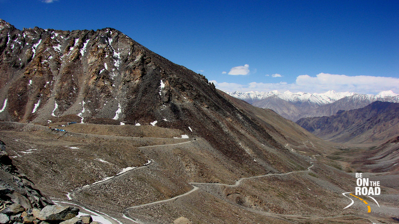 The highway leading to Khardung la, one of the highest motorable roads in the world