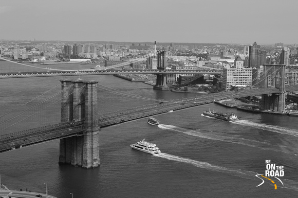 The Iconic Brooklyn Bridge that connects Manhattan with Brooklyn