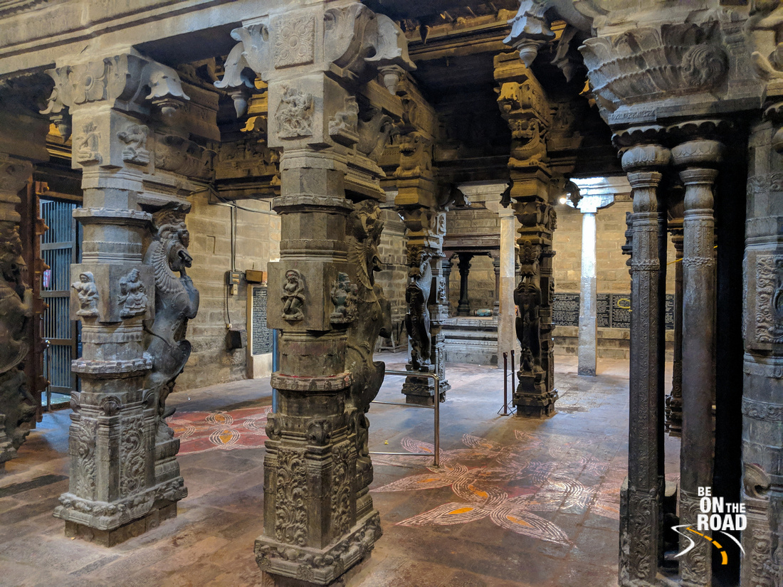 Beautiful pillars inside Nellaiappar Temple, Tirunelveli