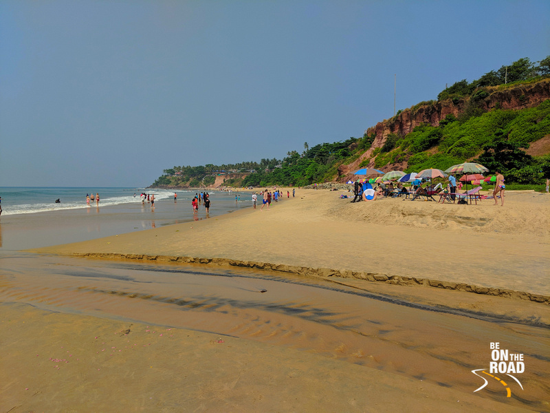 Varkala beach and the cliffs that tower above it