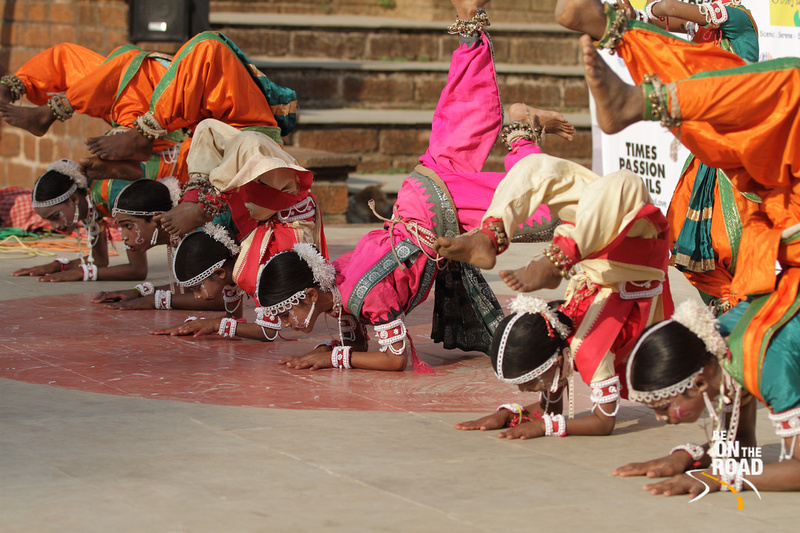 The acrobatic positions of the Goti Pua dancers
