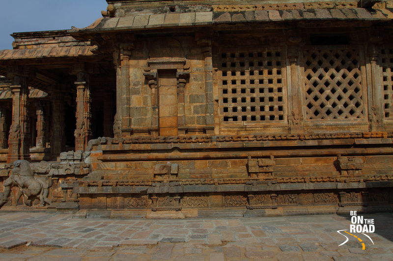 Beautilly glowing windows of the Airavateeswara Temple