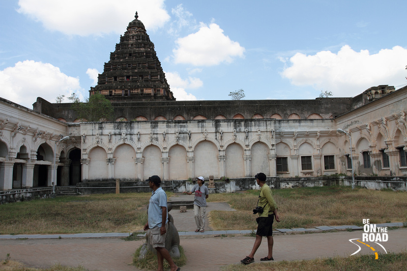 A stroll inside the Tanjore Palace