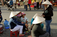 Iconic conical hats of Vietnam - a perfect way to beat the heat