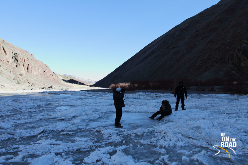 The Indus is completely frozen here. Throw a rock on it and see it break into a hundred pieces