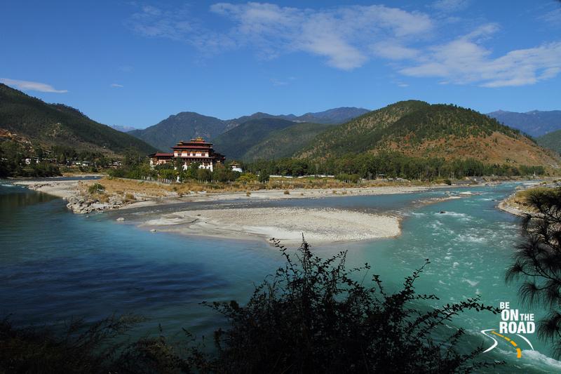 Punakha Dzong at the confluence of Mochu and Pochu rivers