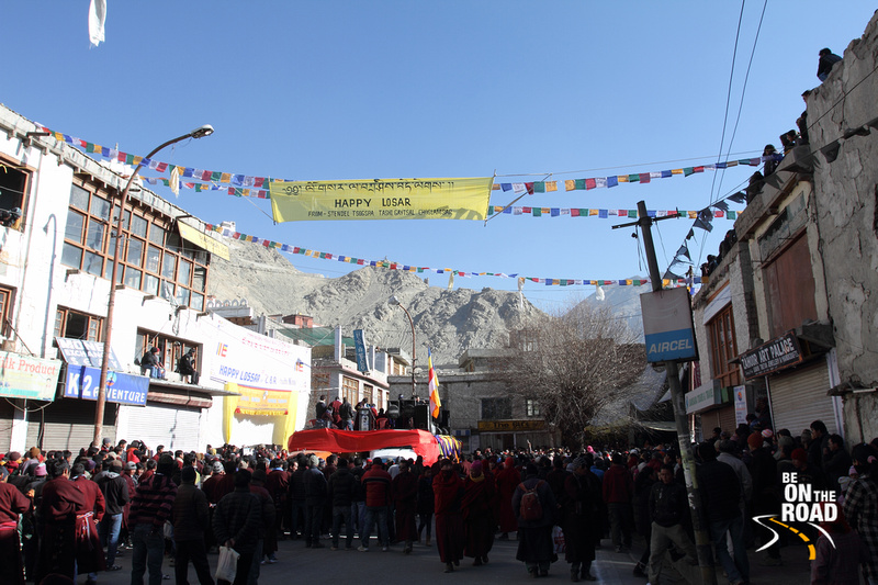 Huge crowd gathers at the Leh market to celebrate Losar