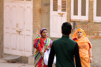 Colorfully dressed women of Bikaner, Rajasthan, India